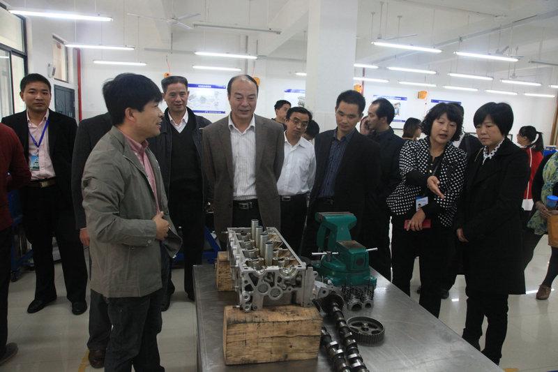 岳西职教中心赴杭州技师学院考察学习